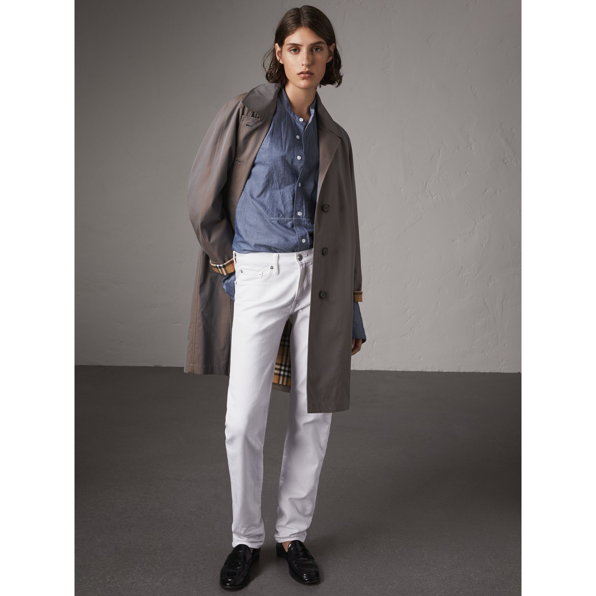 The Camden – Long Car Coat in Lilac Grey - Women | Burberry - gallery image 5