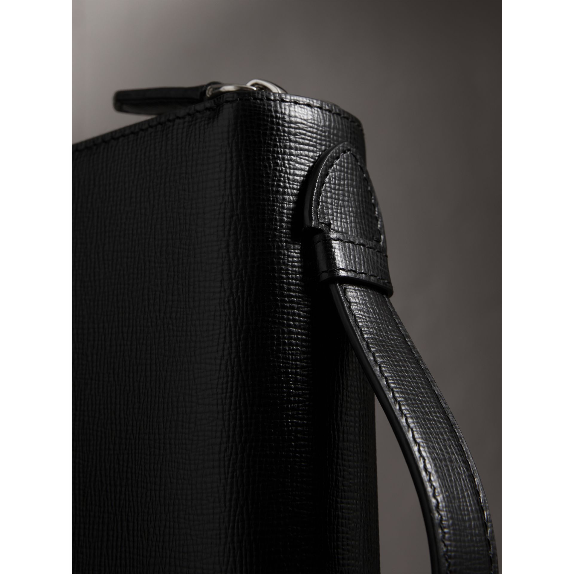 London Leather Travel Wallet in Black - Men | Burberry - gallery image 1