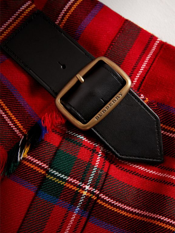 Raw Edge Detail Tartan Wool Kilt in Bright Red - Girl | Burberry United Kingdom - cell image 1