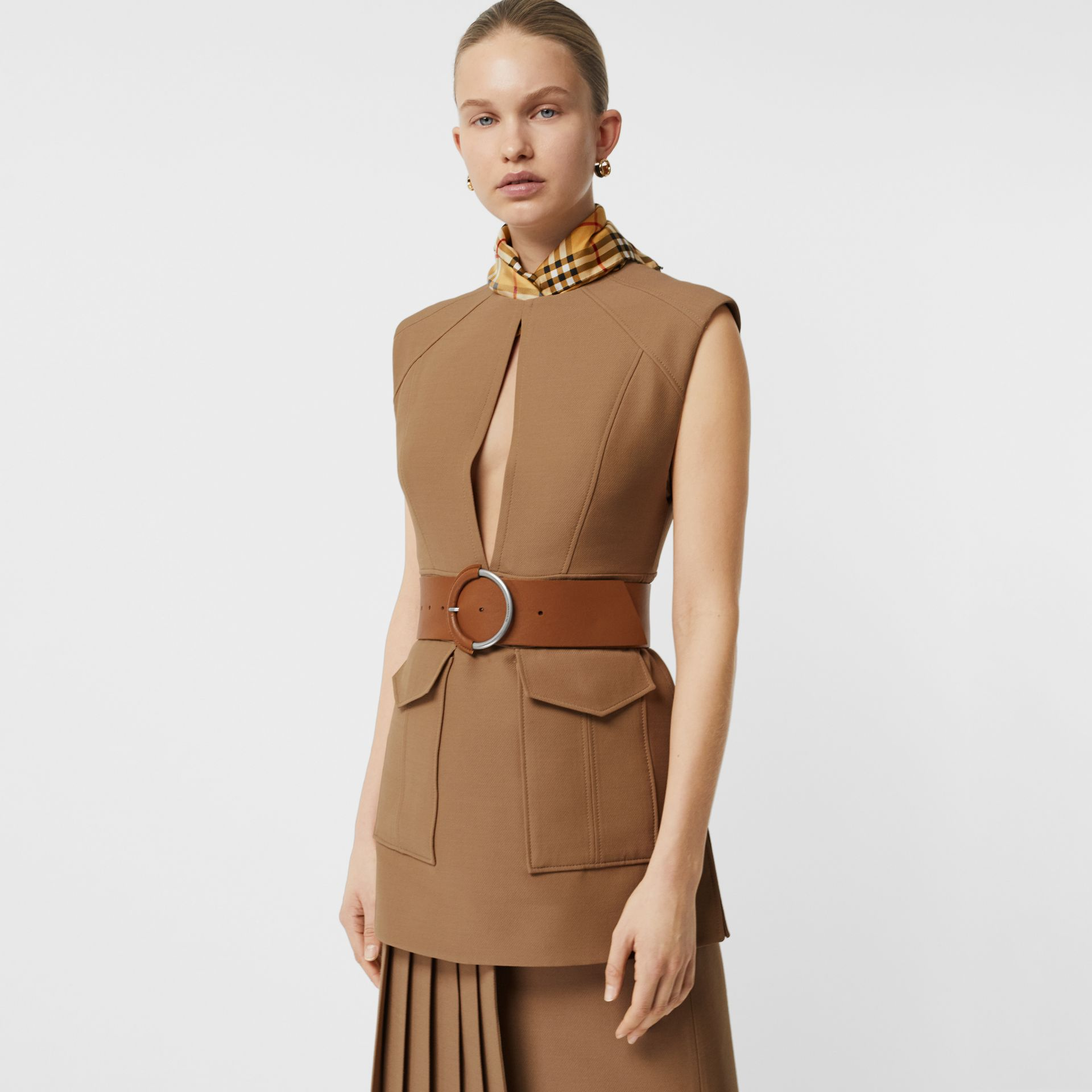Keyhole Detail Sleeveless Wool Silk Top in Camel - Women | Burberry Canada - gallery image 4