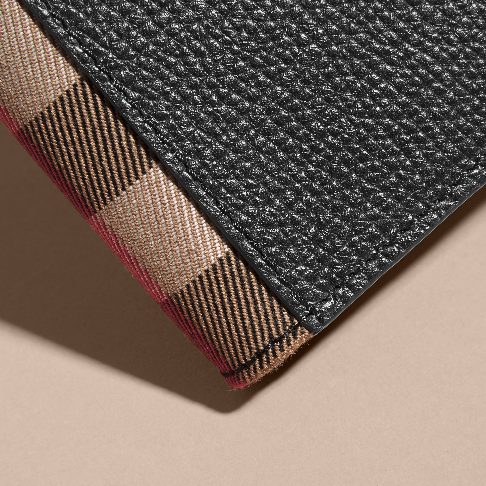 Grainy Leather and House Check Bifold Wallet in Black | Burberry - gallery image 1