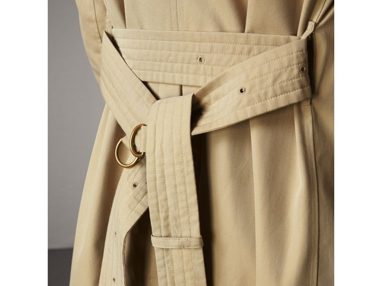 The Sandringham – Long Trench Coat in Honey - Men | Burberry United States - cell image 4