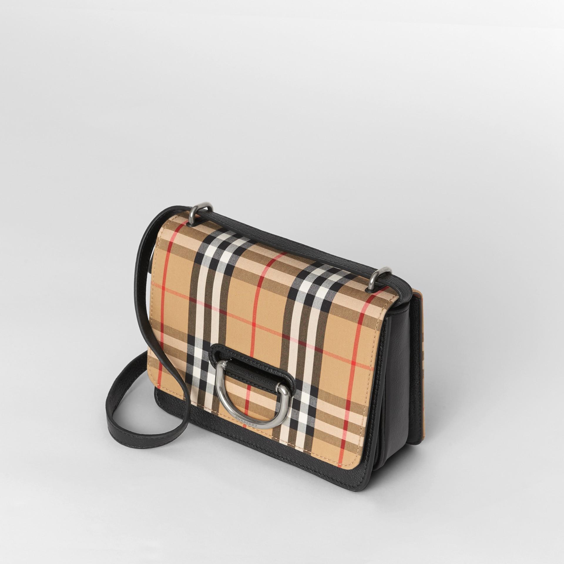 Petit sac TheD-ring en cuir et à motif Vintage check (Noir/jaune Antique) - Femme | Burberry - photo de la galerie 4