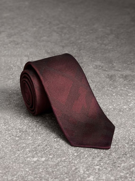 Slim Cut Check Silk Tie in Deep Claret
