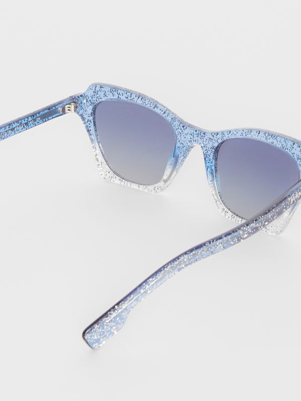 Butterfly Frame Sunglasses in Blue - Women | Burberry - cell image 3