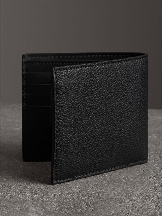 Grainy Leather International Bifold Coin Wallet in Black - Men | Burberry Hong Kong - cell image 2