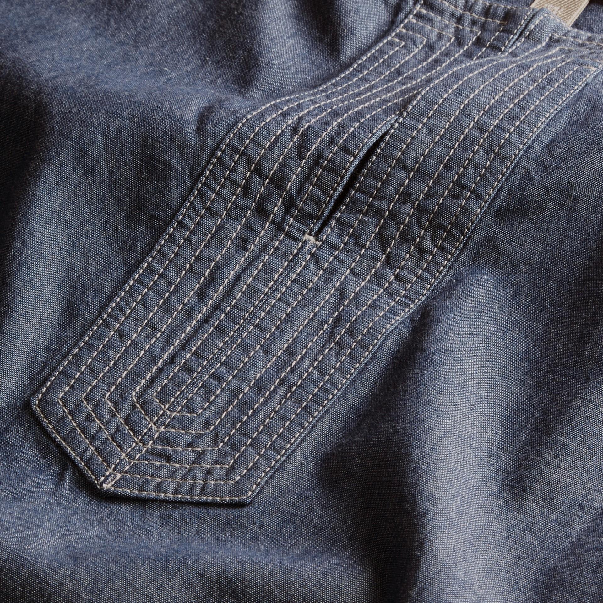 라이트 인디고 벨트 쇼트 슬리브 샴브레이 코튼 드레스 - 갤러리 이미지 2