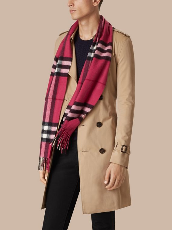Fuchsia pink The Classic Cashmere Scarf in Check Fuchsia Pink - cell image 3