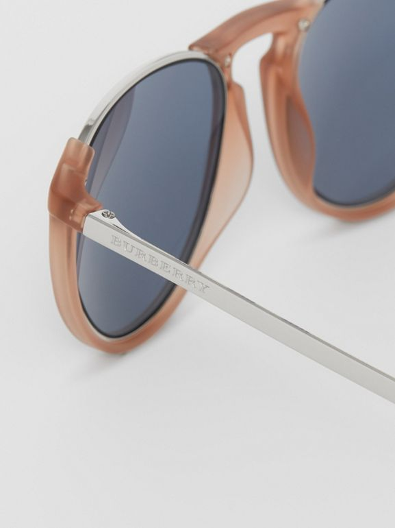 Keyhole Pilot Round Frame Sunglasses in Nude - Men | Burberry Hong Kong - cell image 1