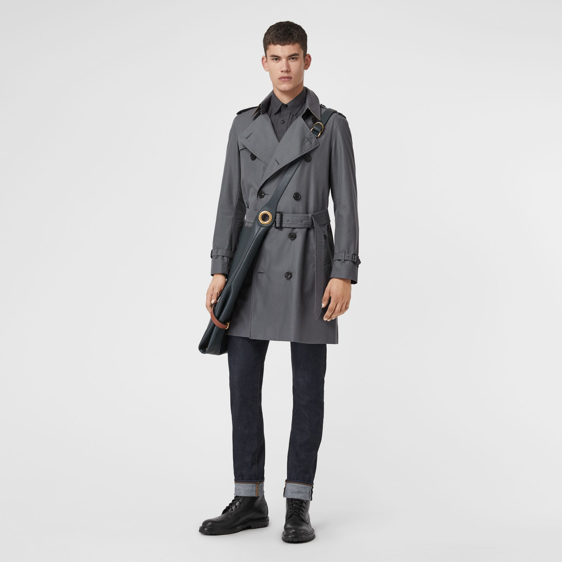 The Chelsea Heritage Trench Coat in Mid Grey - Men | Burberry Canada - gallery image 0