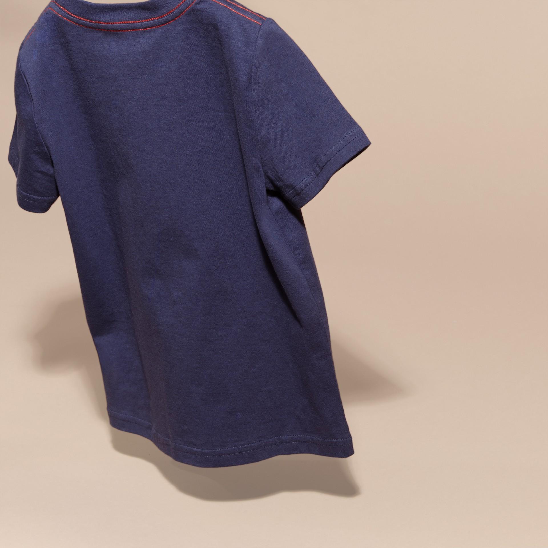 Indigo Baumwoll-T-Shirt mit verspieltem Druckmotiv - Galerie-Bild 4