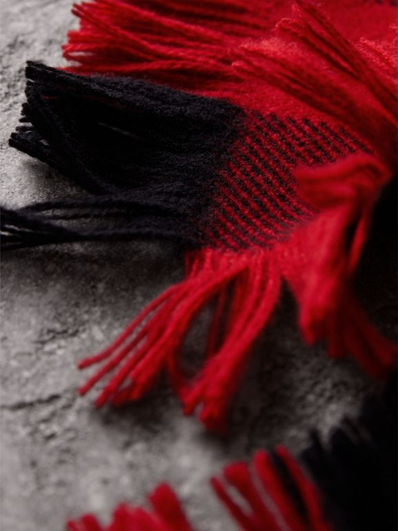 Fringed Check Wool Scarf in Military Red | Burberry - cell image 1