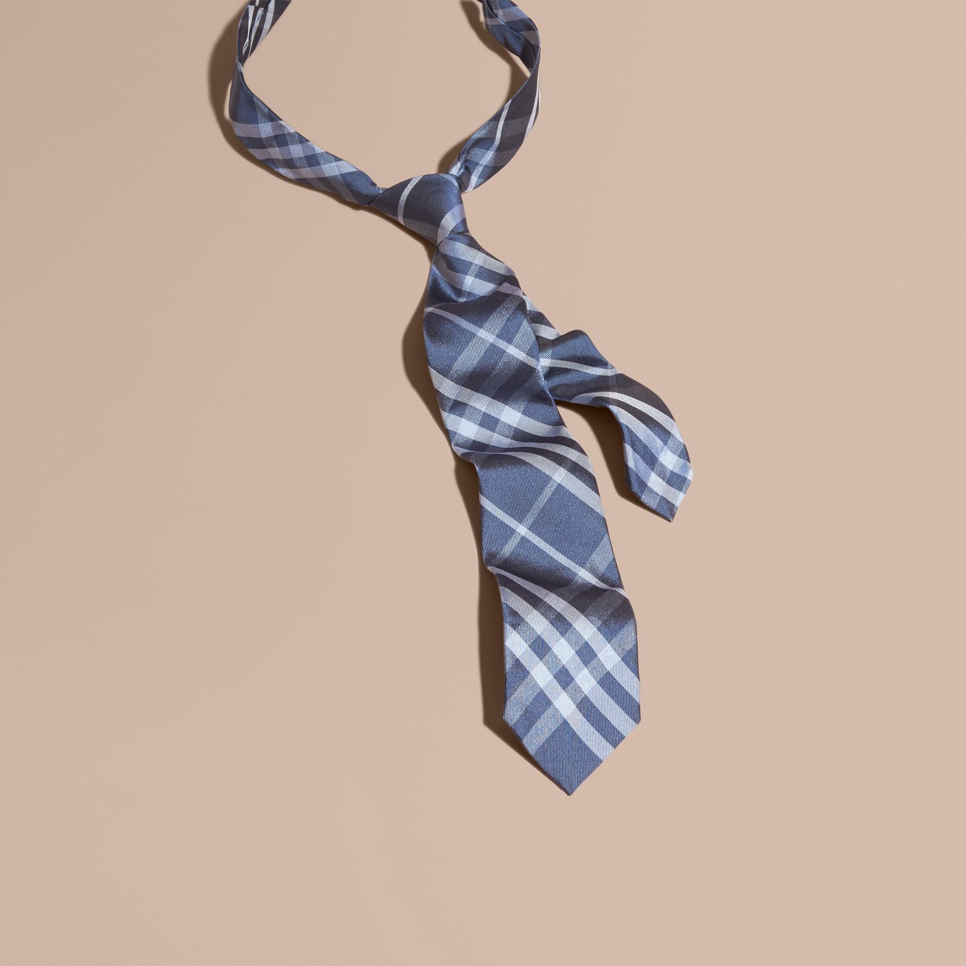 Bleu hortensia Cravate moderne en jacquard de soie à motif check - photo de la galerie 1