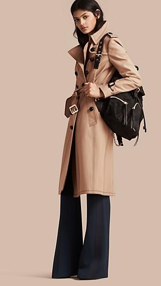 Trench-coat ajusté en coton avec surpiqûres