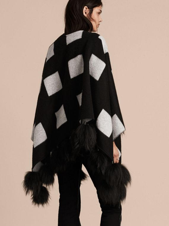 Black/white Check Jacquard Cashmere Poncho with Raccoon Pom-poms - cell image 2