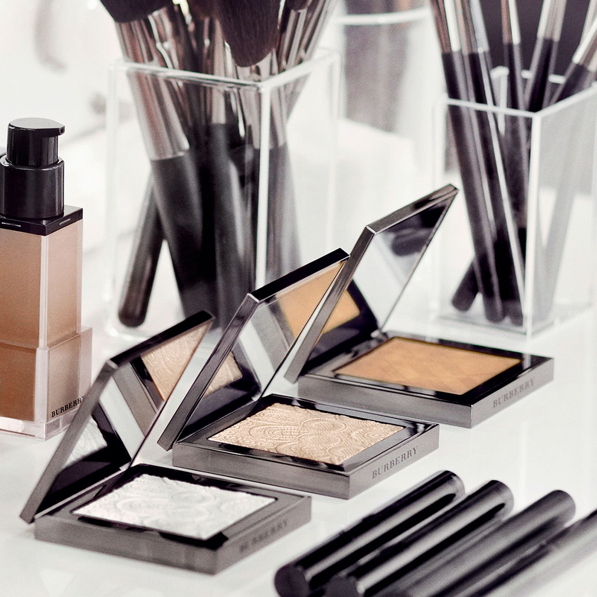 Nude Powder – Ochre Nude No.12 - Women | Burberry United Kingdom - gallery image 3