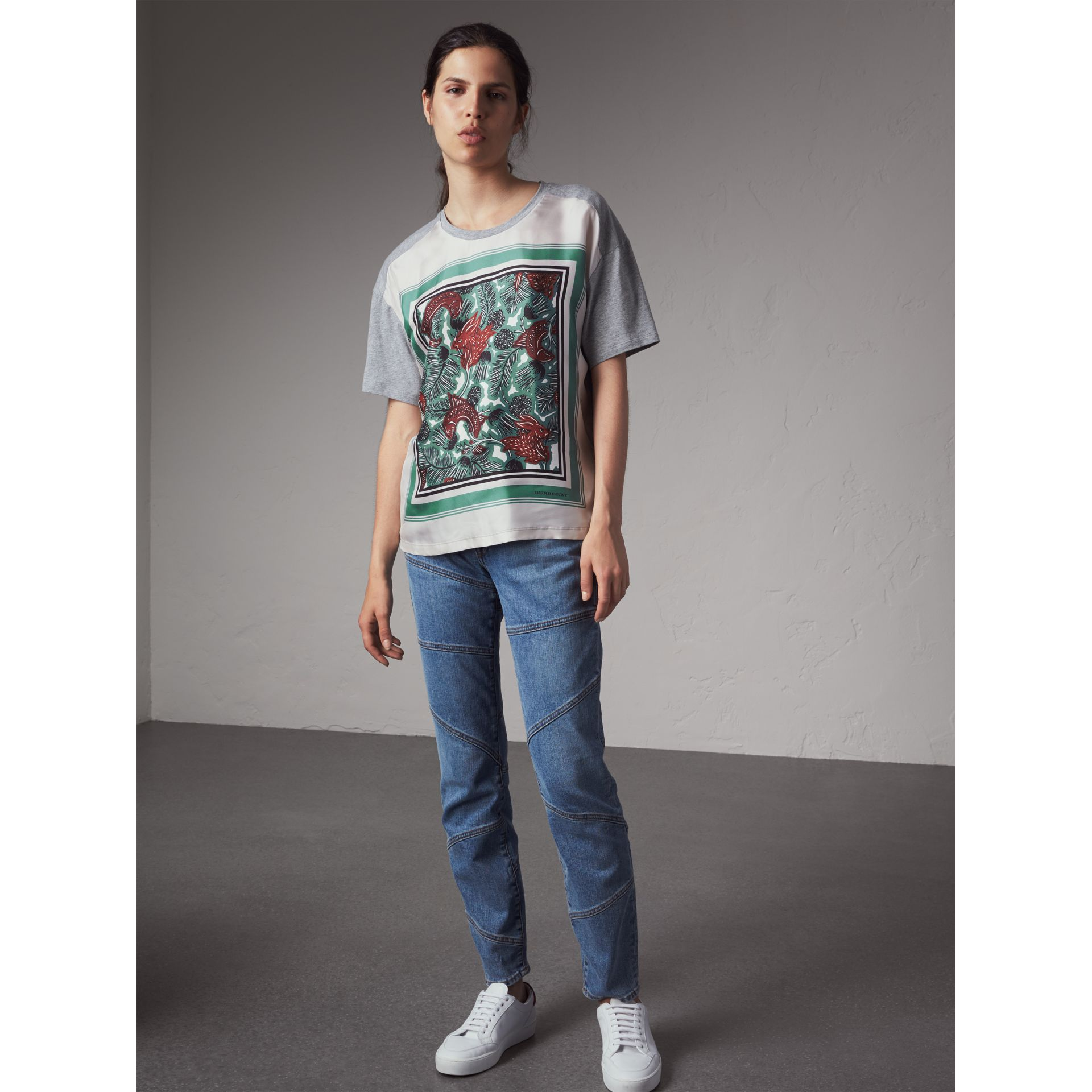 Beasts Print Silk Panel Cotton T-shirt in Pale Grey Melange - Women | Burberry United Kingdom - gallery image 1