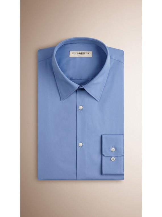 Camicia sfiancata in misto cotone stretch (Blu Medio) - Uomo | Burberry - cell image 2