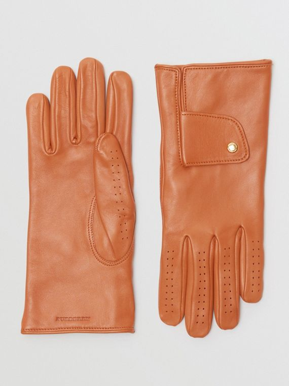 Cashmere-lined Lambskin Gloves in Tan