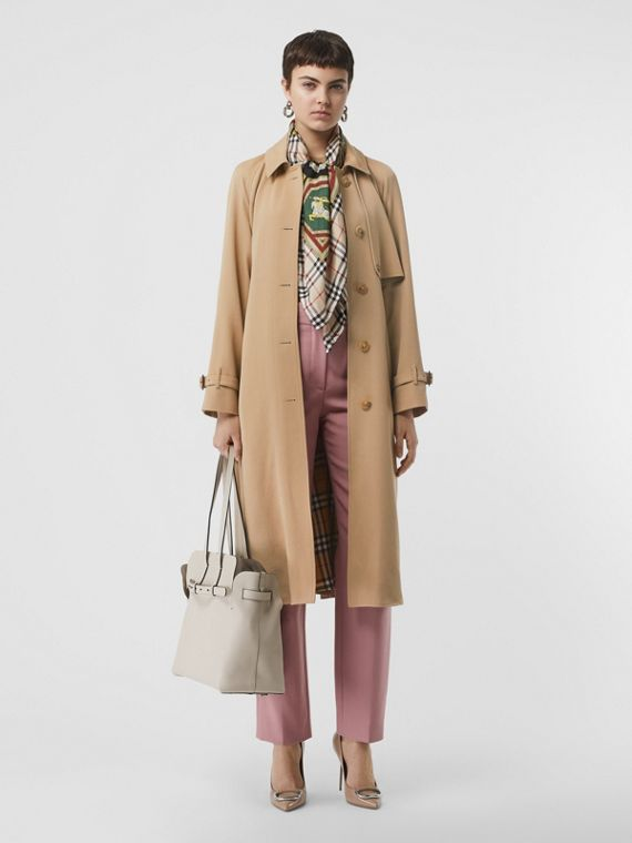 Trench coat in gabardine di lana (Miele)