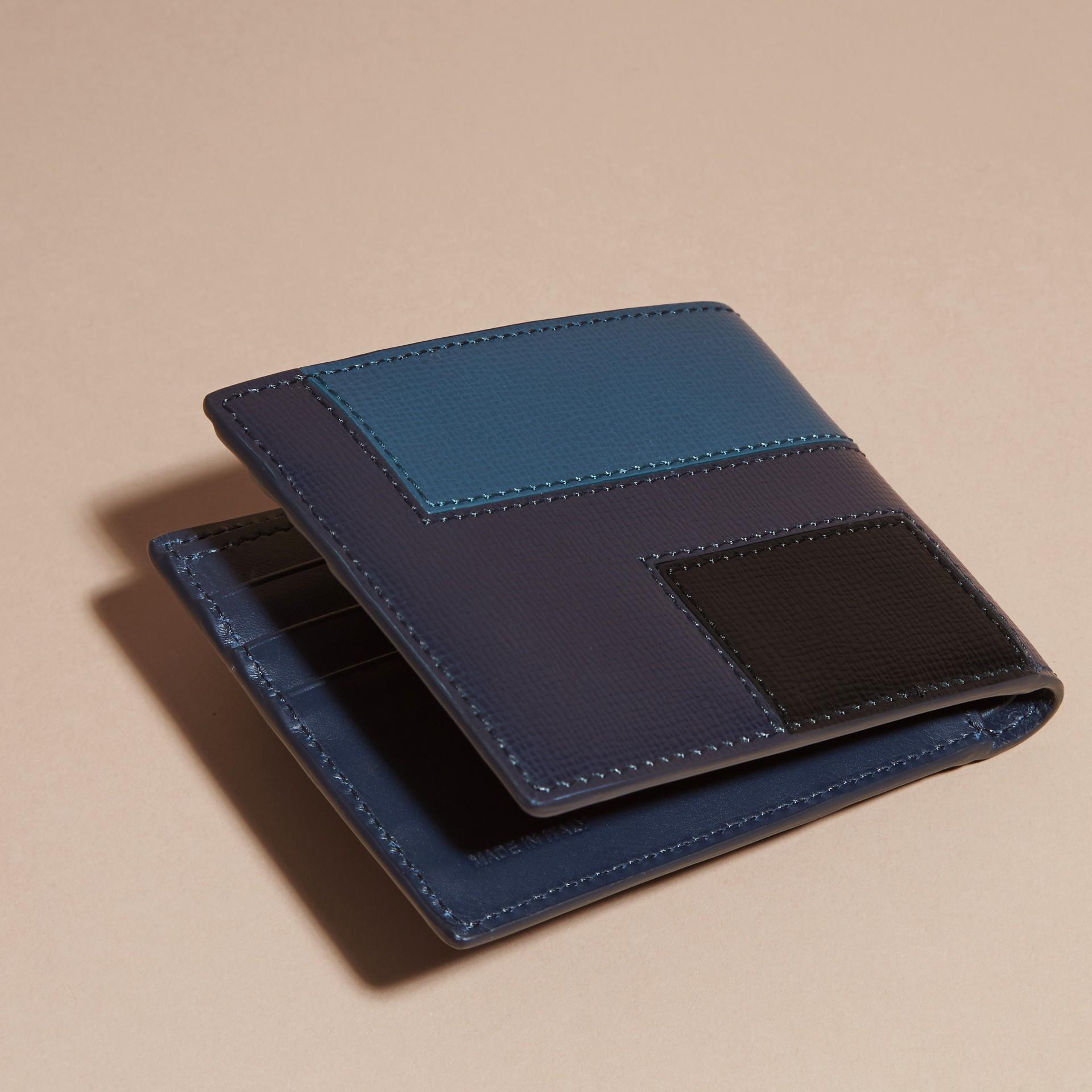 Dark navy Colour Block London Leather Folding Wallet Dark Navy - gallery image 4