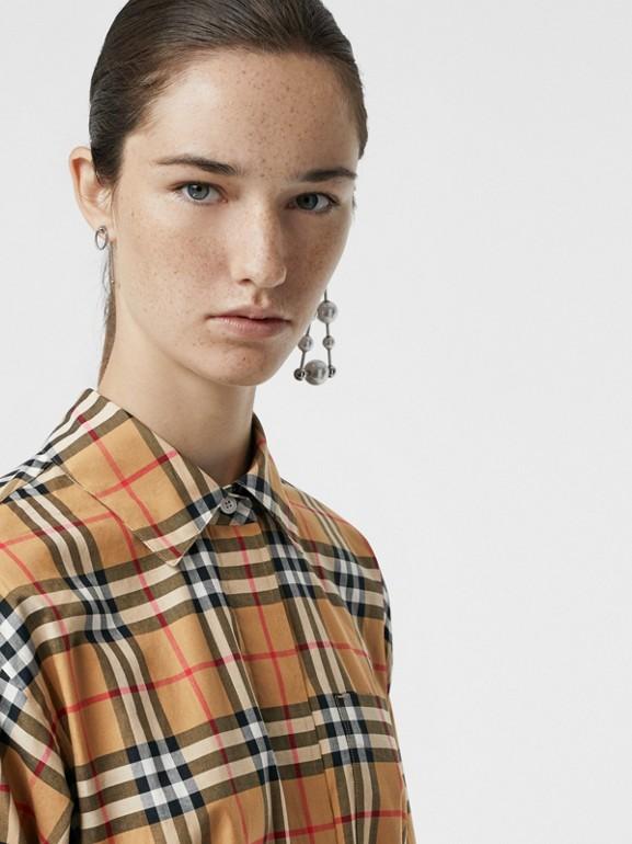 Vestido estilo camisa de algodão em Vintage Check com cinto de amarrar (Amarelo Antigo) - Mulheres | Burberry - cell image 1