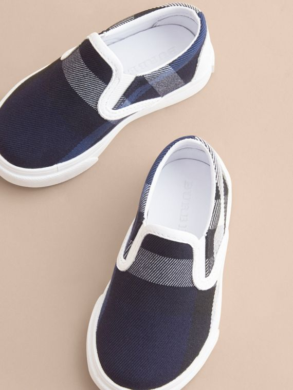 Tonal House Check and Leather Slip-on Trainers in Bright Sapphire - Children | Burberry - cell image 2