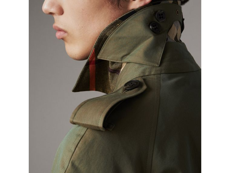 Oversize Storm Shield Tropical Gabardine Trench Coat in Bright Olive - Men | Burberry - cell image 4