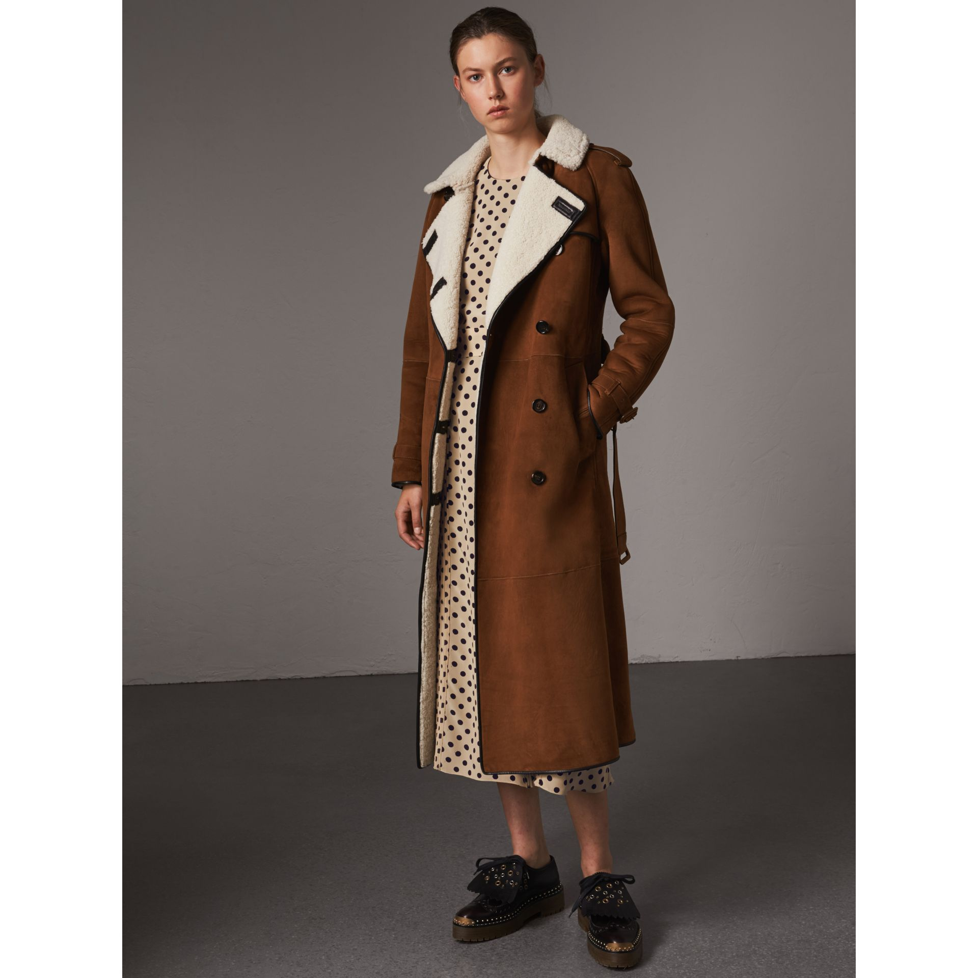 Raglan-sleeve Suede and Shearling Trench Coat in Ecru - Women | Burberry - gallery image 1
