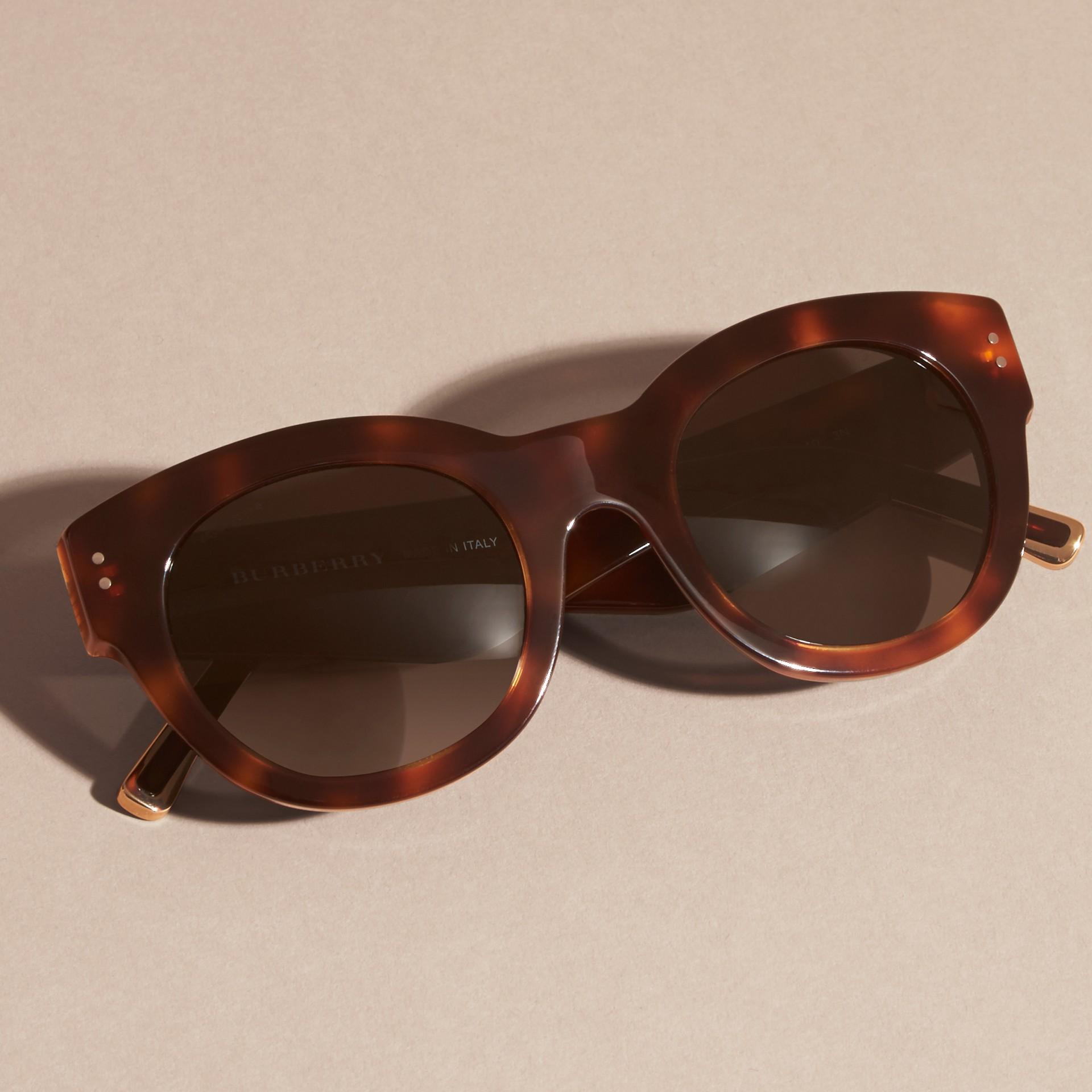 Tortoise shell Cat-Eye Sunglasses Tortoise Shell - gallery image 3