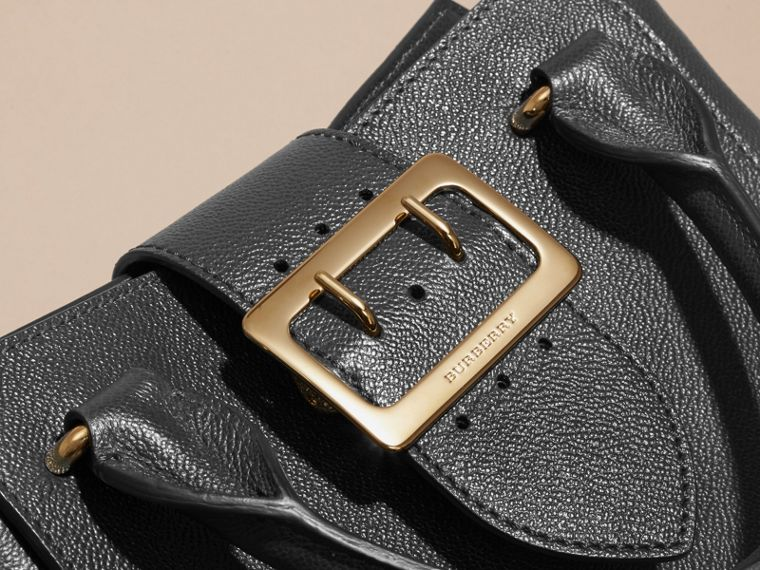 The Small Buckle Tote in Grainy Leather Black - cell image 1