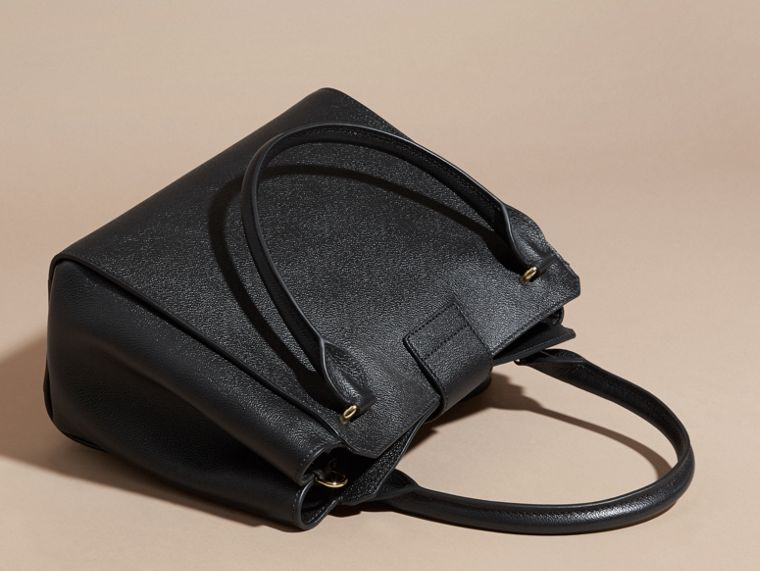 Black The Medium Buckle Tote in Grainy Leather Black - cell image 4