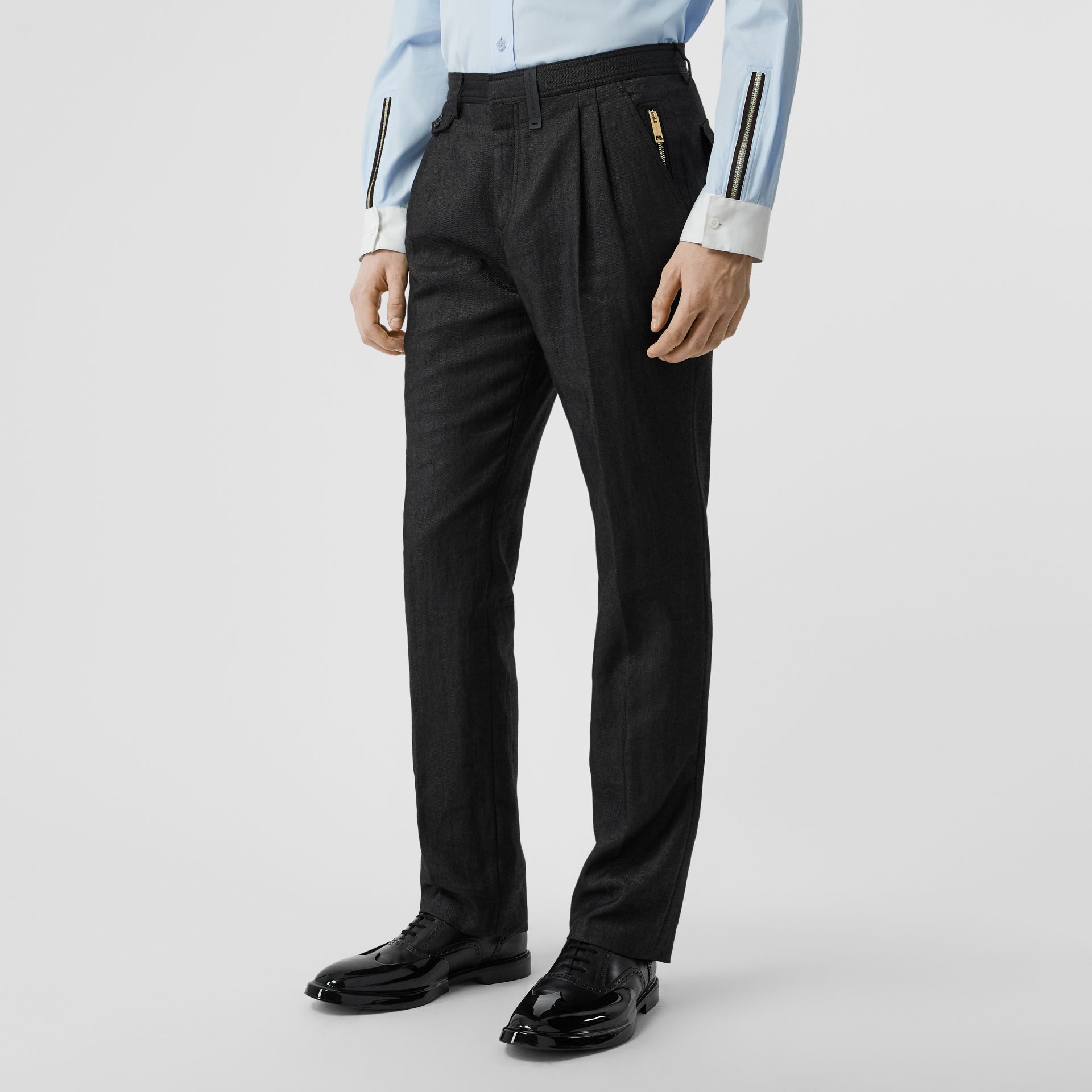 Zip Detail Linen Blend Pleated Trousers in Black - Men | Burberry United Kingdom - gallery image 4