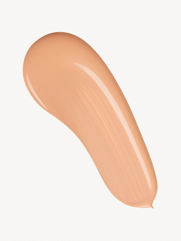 Fresh Glow Foundation SPF 15 PA+++ – Rosy Nude No.31 - Women | Burberry Australia - cell image 1