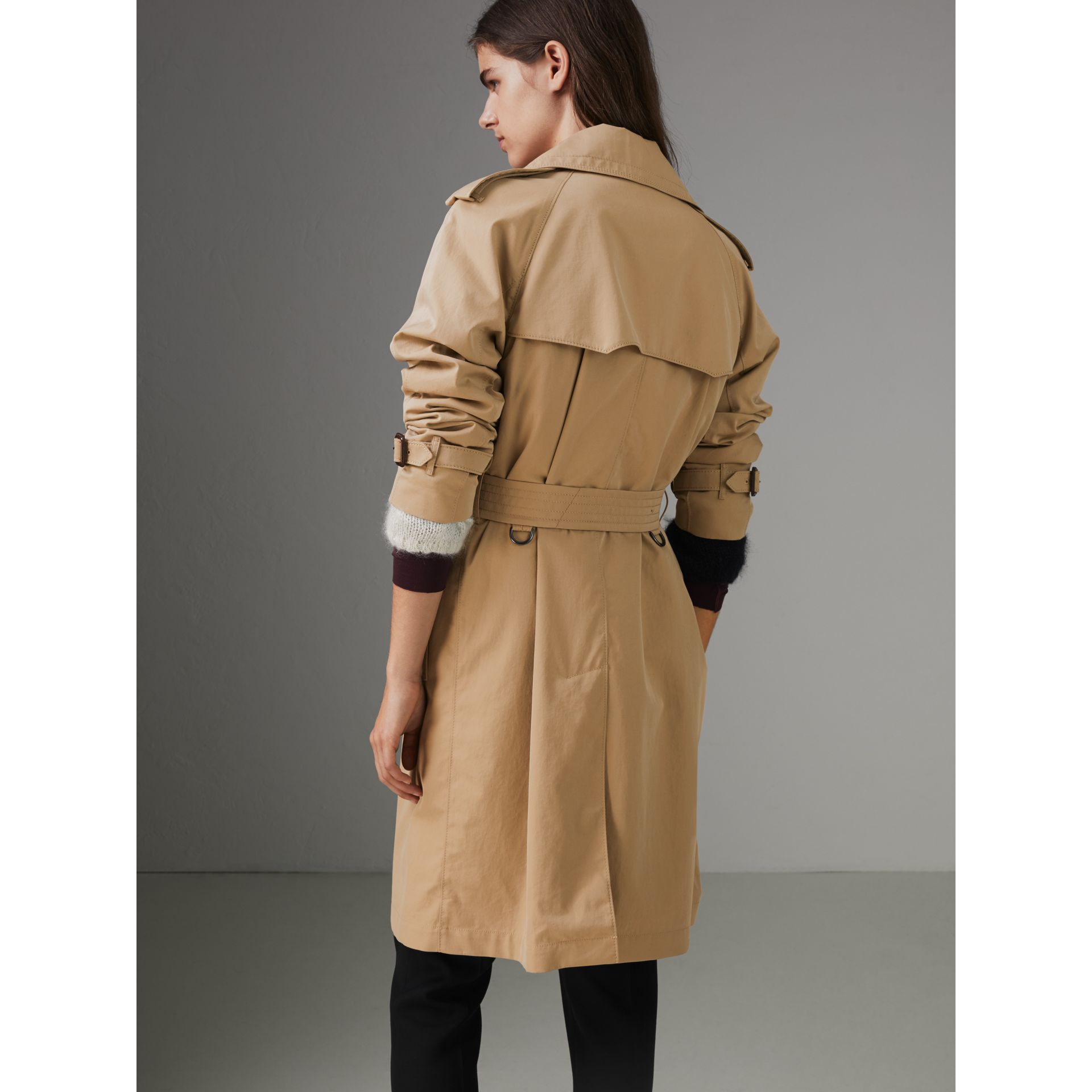 Scarf-print-lined Tropical Gabardine Trench Coat in Honey - Women | Burberry - gallery image 2