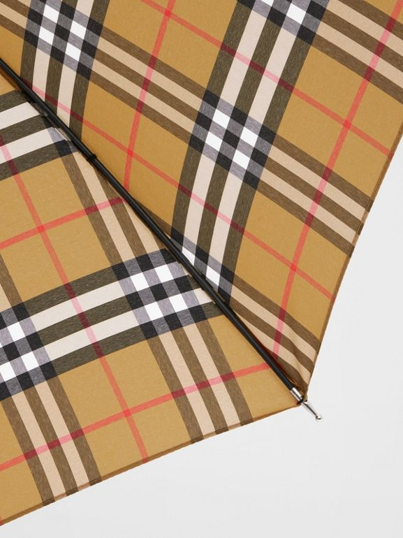 Vintage Check Umbrella in Archive Beige | Burberry Hong Kong S.A.R - cell image 1