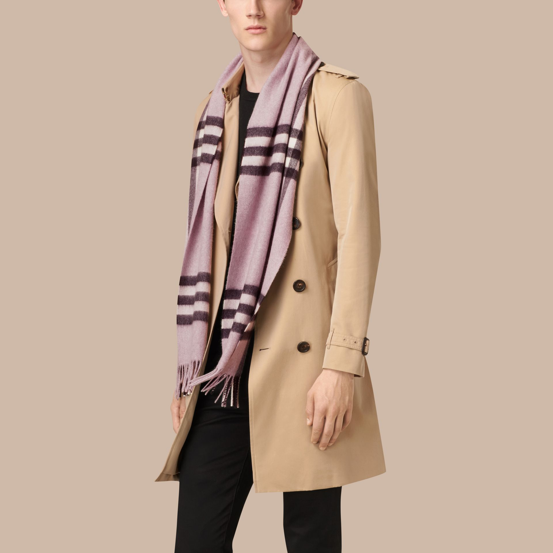 Dusty lilac The Classic Cashmere Scarf in Check Dusty Lilac - gallery image 4