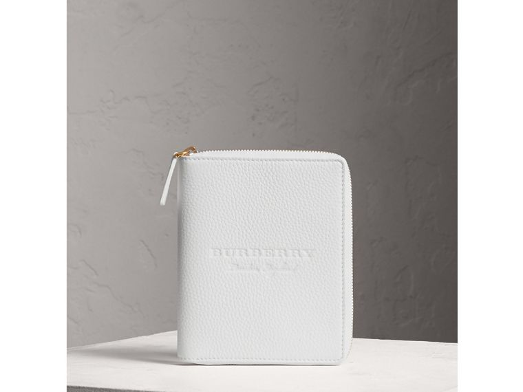 Embossed Grainy Leather Ziparound A6 Notebook Case in Chalk White | Burberry - cell image 4
