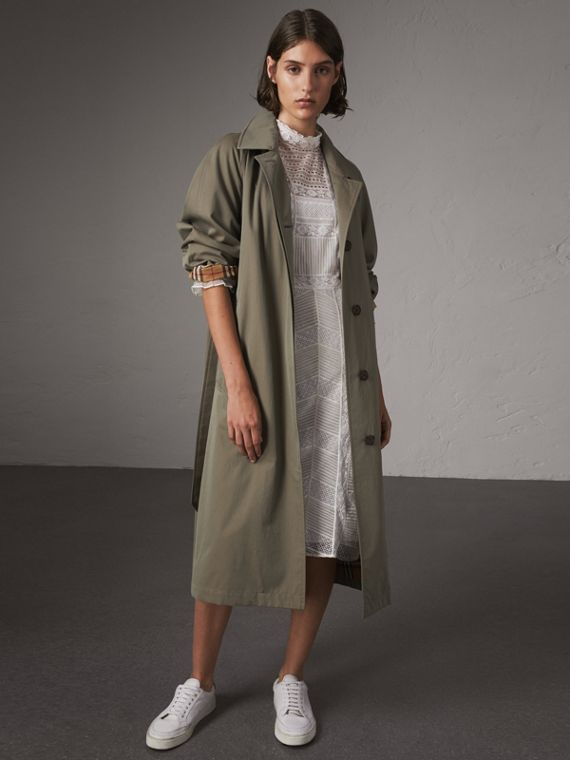 The Brighton – Extra-long Car Coat in Chalk Green