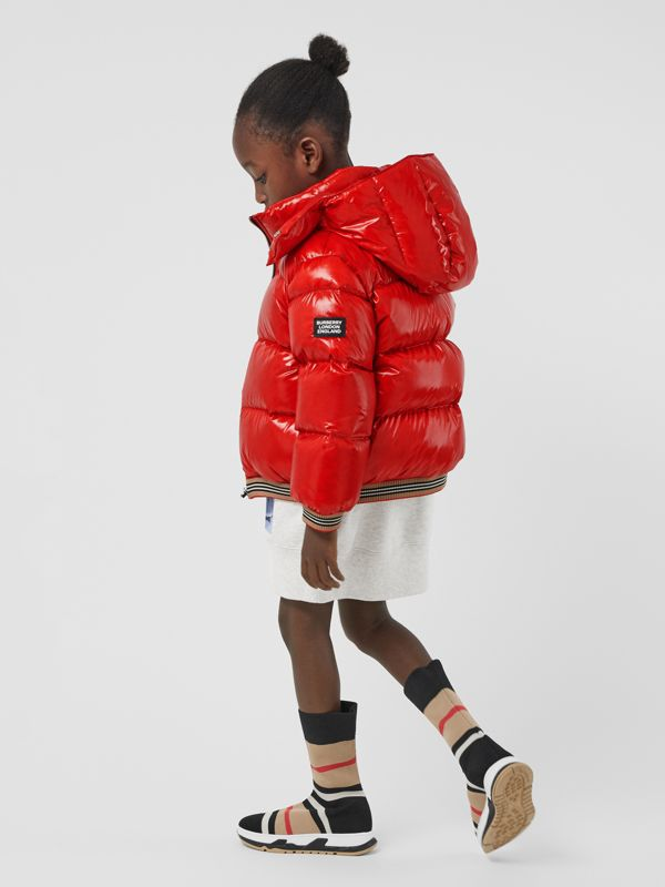 Icon Stripe Detail Down-filled Hooded Puffer Jacket in Bright Red | Burberry Singapore - cell image 2