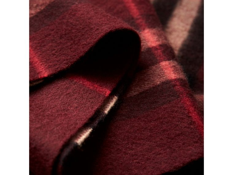 The Classic Check Cashmere Scarf in Claret | Burberry Australia - cell image 4