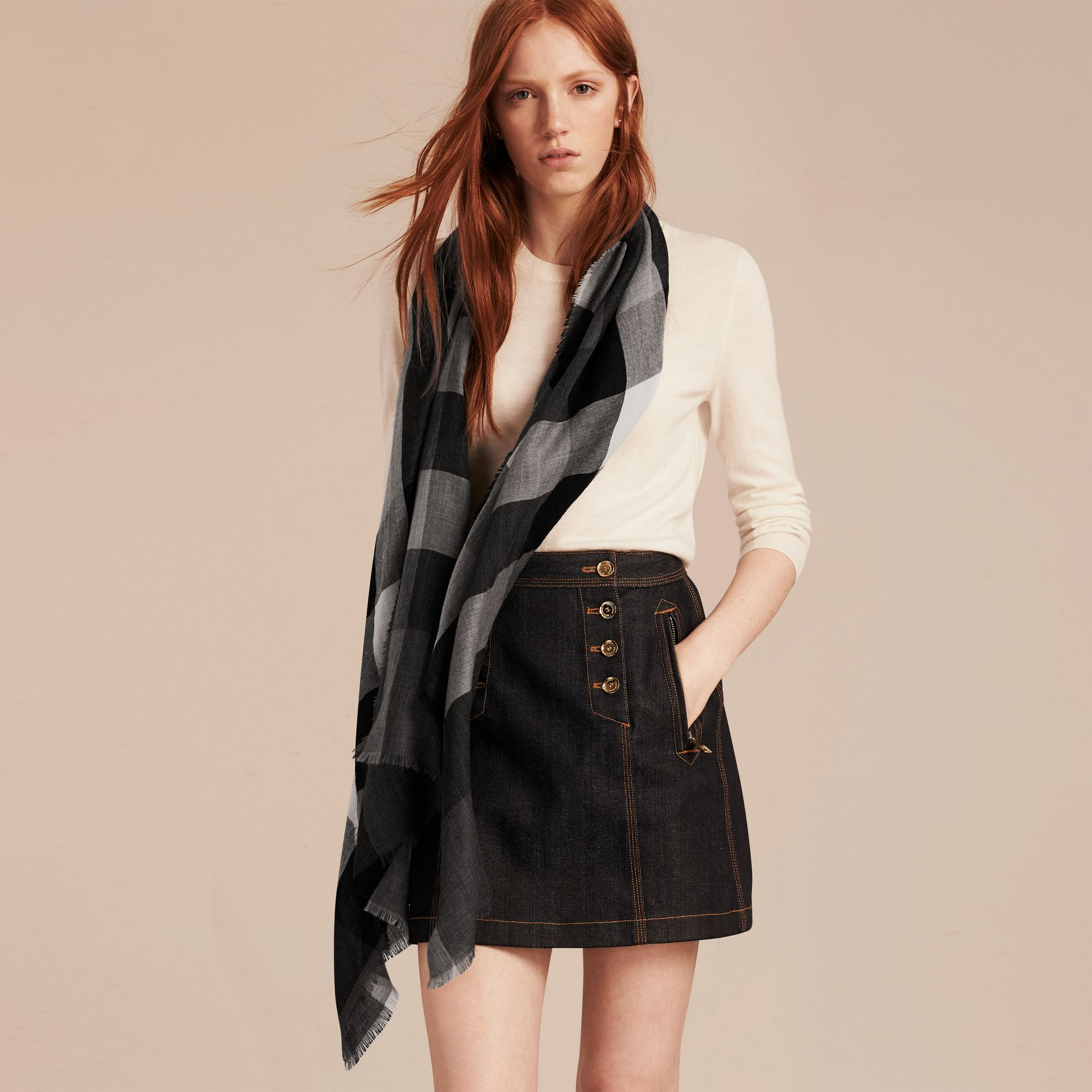 Mid grey The Lightweight Cashmere Scarf in Check Mid Grey - gallery image 3