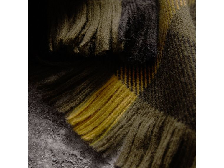 Fringed Check Wool Scarf in Military Green | Burberry Hong Kong - cell image 1