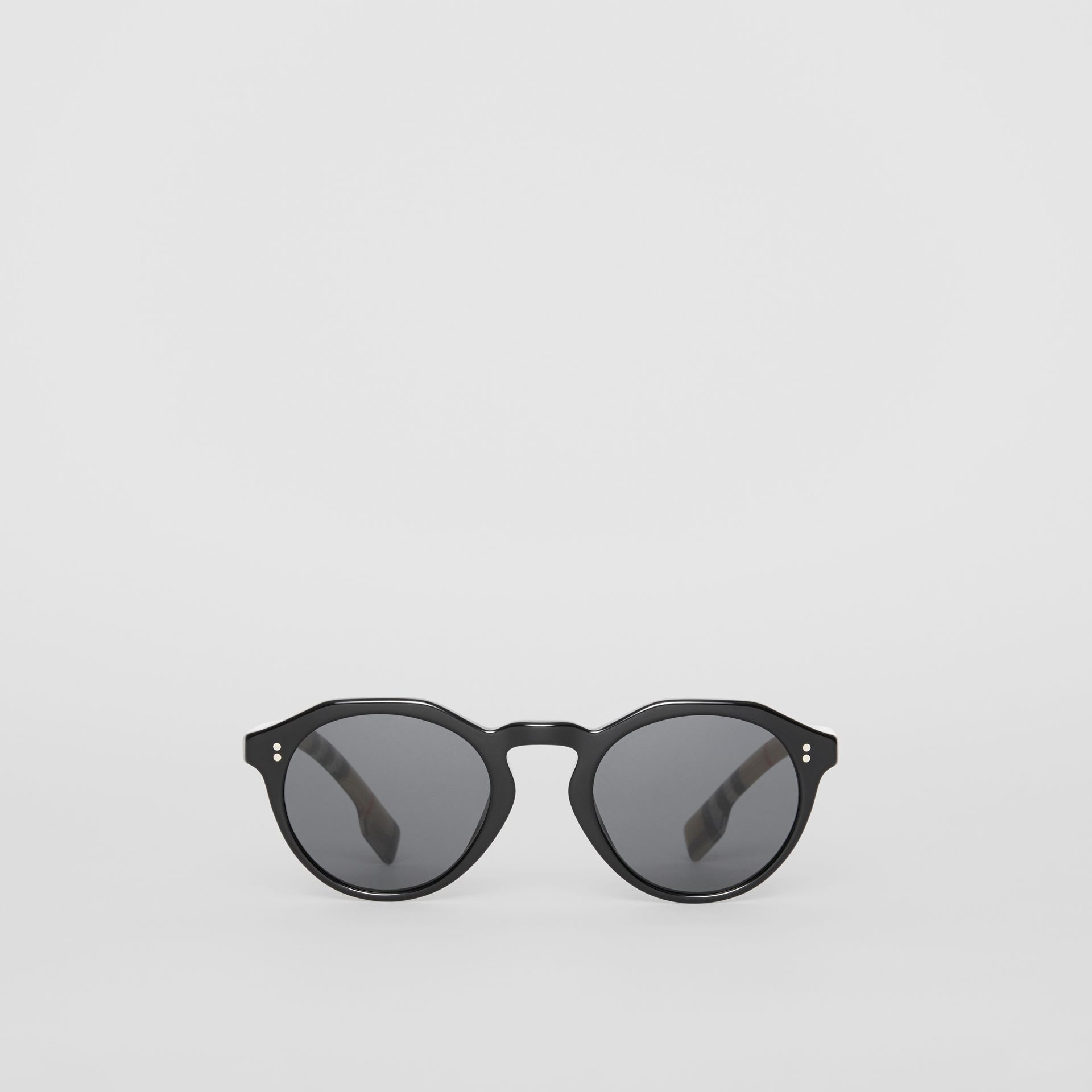 Vintage Check Detail Round Frame Sunglasses in Black/beige - Men | Burberry - gallery image 0