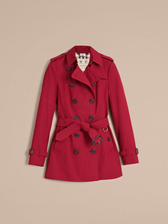 The Sandringham – Short Heritage Trench Coat in Parade Red - Women | Burberry - cell image 3