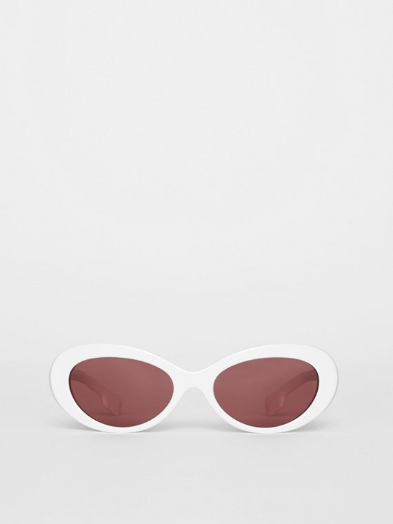 Cat-eye Frame Sunglasses in White
