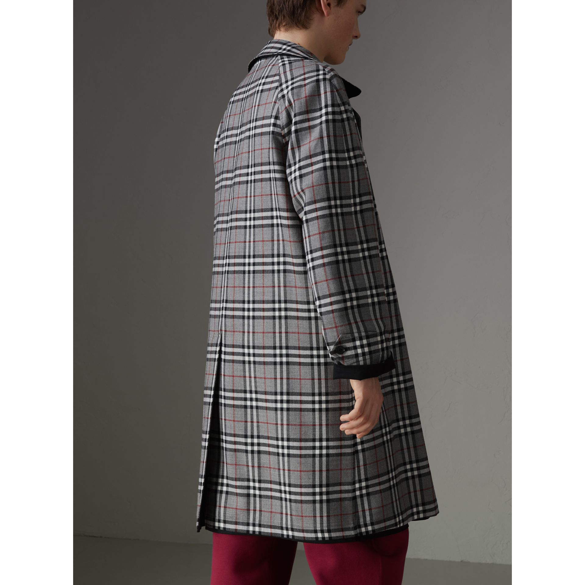 Reissued Reversible Car Coat in Black - Men | Burberry United Kingdom - gallery image 2