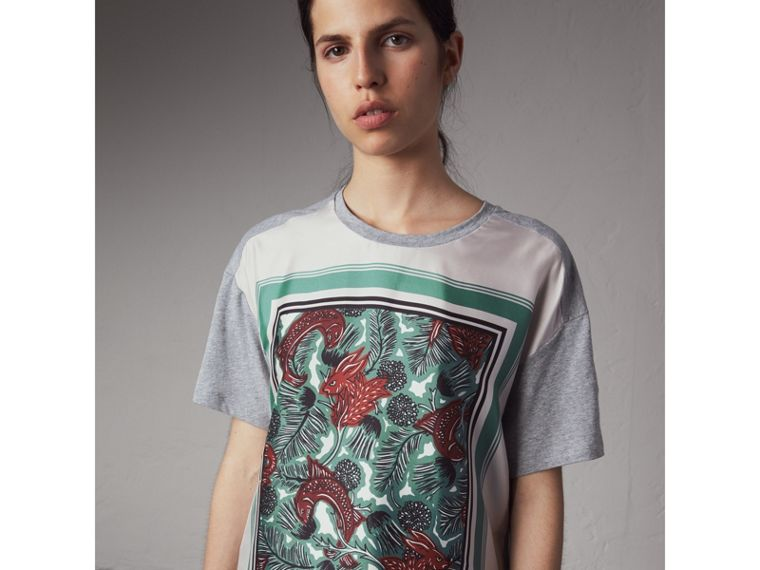 Beasts Print Silk Panel Cotton T-shirt in Pale Grey Melange - Women | Burberry - cell image 4