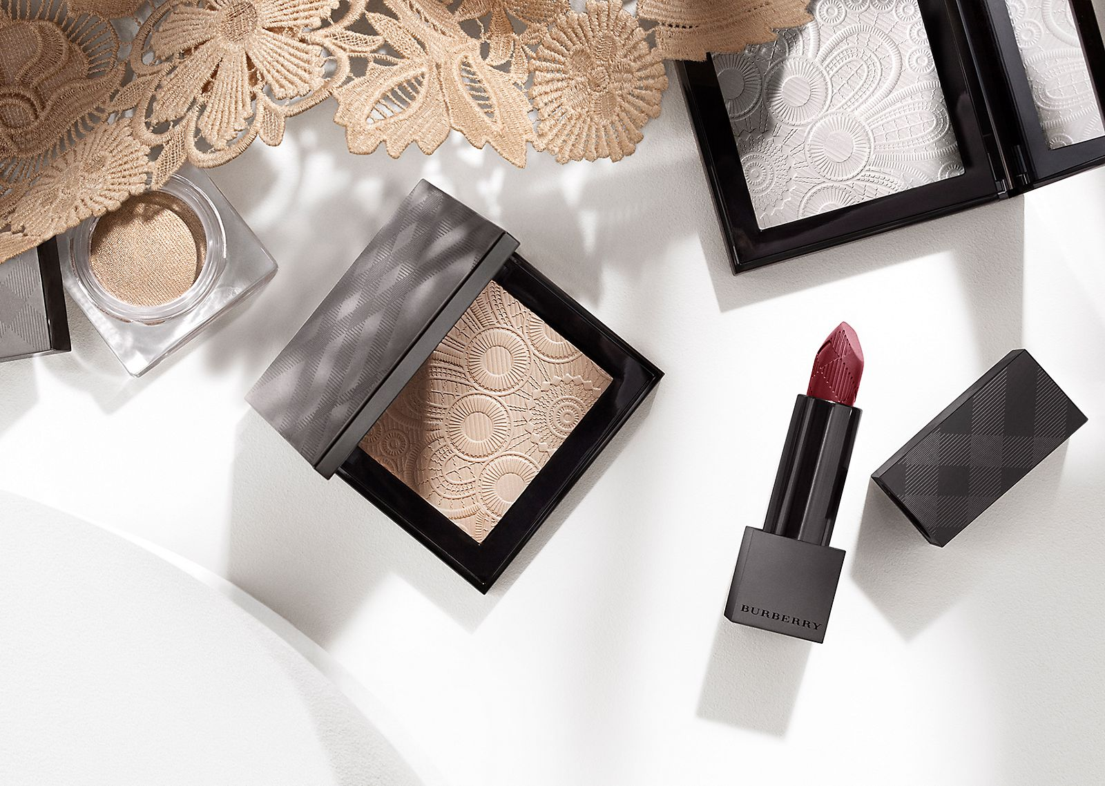 The Runway Make-up Collection  Velvet & Lace