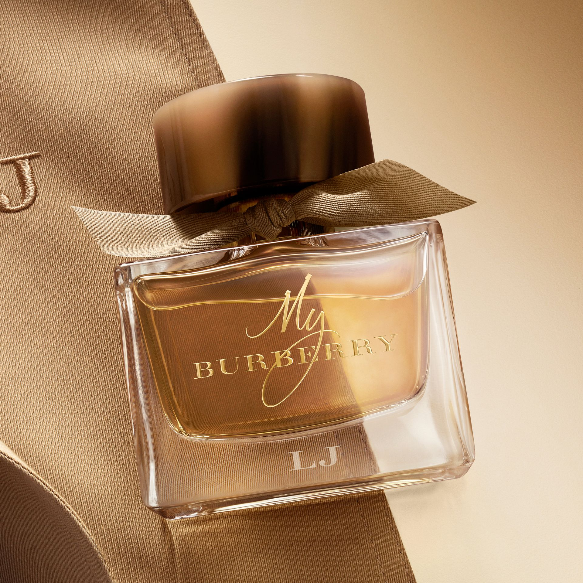 My Burberry Eau de Parfum Collector's Edition 900ml in Honey Trench - Women | Burberry - gallery image 4